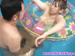 Gorgeous Japanese lady fucked in the waterpool
