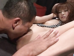 Japanese fucker excites his girlfriend with vibrator dildo